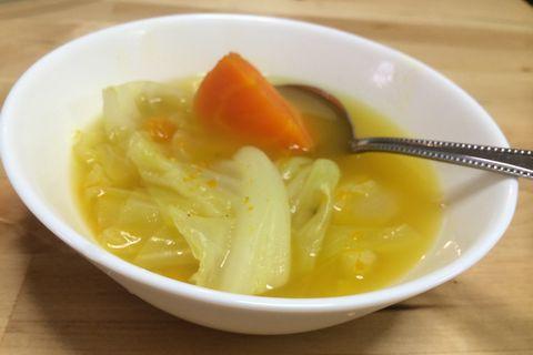 肝臓を直すのに効果テキメンなコンソメ入り野菜スープ